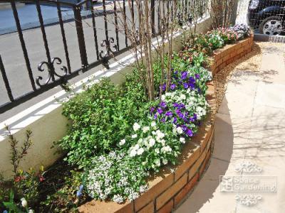 庭 花壇 レンガ