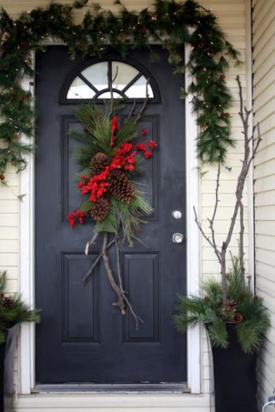 クリスマス アレンジ 飾り アプローチ 玄関まわり リース 松ぼっくり