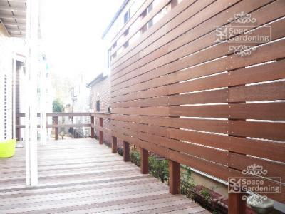 目隠しフェンス 目隠し塀 ウリン材 ウッドデッキ 木 ウッド