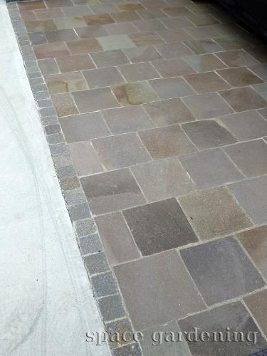 アプローチ 階段 石貼り 自然石 トコナメ セイボストーン