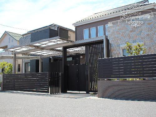 施工例画像:クローズ外構 門まわり 吉川市  クローズ外構 シンプル 門まわり クローズ外構 デ